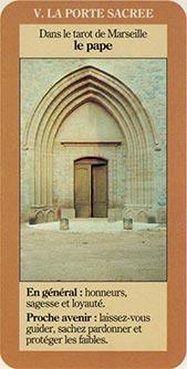 V La porte sacrée